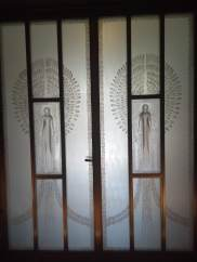 article 32-photo 3-10 01 2019_great hall_door_r lalique