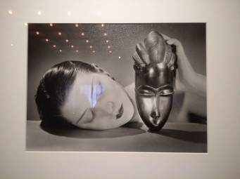 article 32-photo 8-10 01 2019_great hall_noire et blanche_man ray