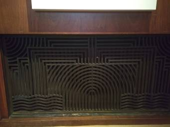 article 32-photo 9-10 01 2019_great hall_radiator cover