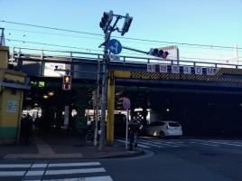 article 35-photo 16-27 01 2019_next to iidabashi station_jr bridge
