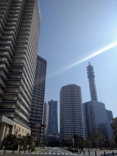 Article 42-photo 15-19 03 2019_Yokohama_Minato Mirai_Pacific Royal Court on the left