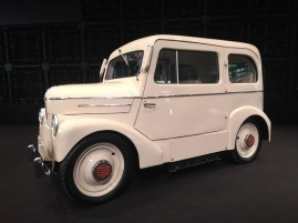 Article 42-photo 18-19 03 2019_Nissan show room_Tama electric car_1947