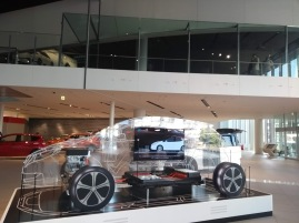 Article 42-photo 19-19 03 2019_Nissan show room