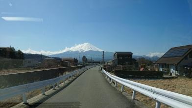Article 101-photo 2-08 04 2020_Vers Chureito_Kawaguchiko